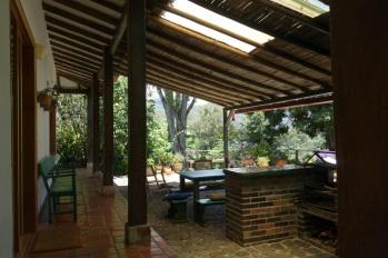Terraza y corredor